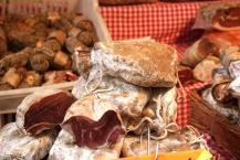 Paris 5 - the market