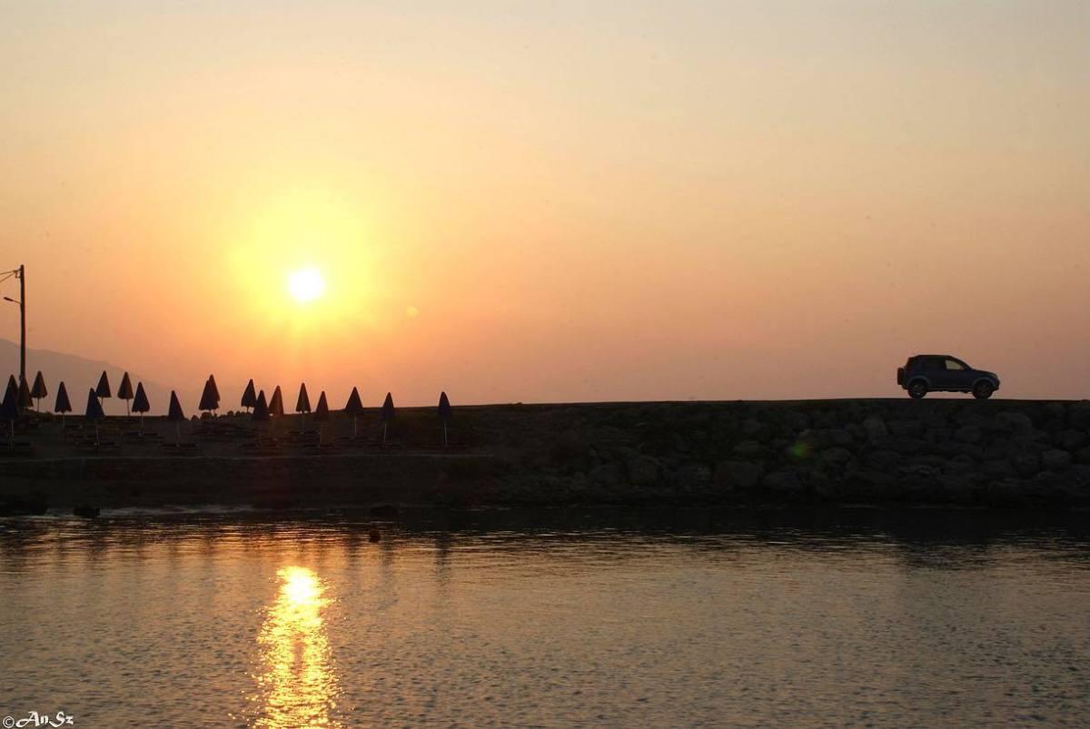 Crete 5 - the sunset you admire
