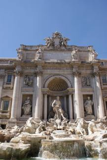 Rome 2 - Trevi fountain